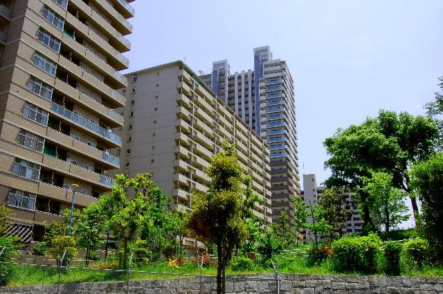 早期売却したいマンションを、不動産業者に買い取ってもらう方法・メリット・デメリット・仲介売却との比較